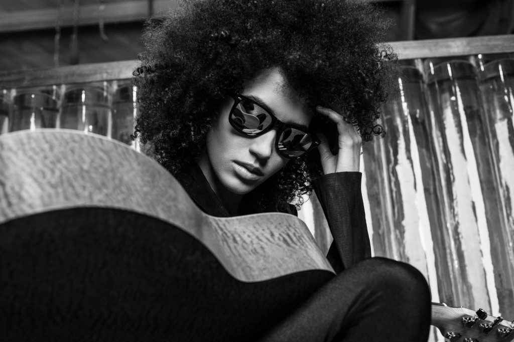 Andy Allo by Mathieu Bitton ©2012