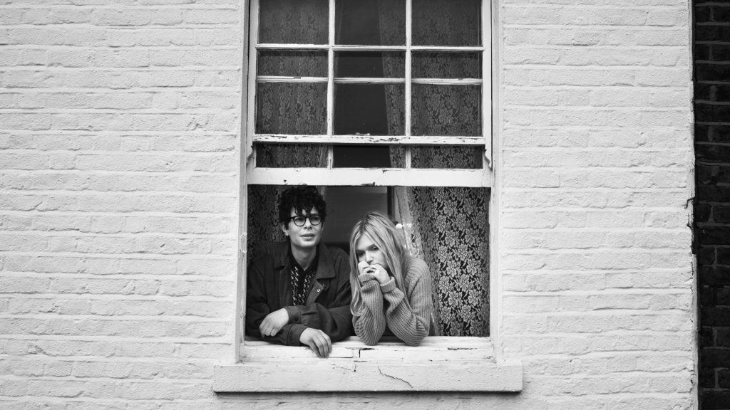 Simon & Sophie 01