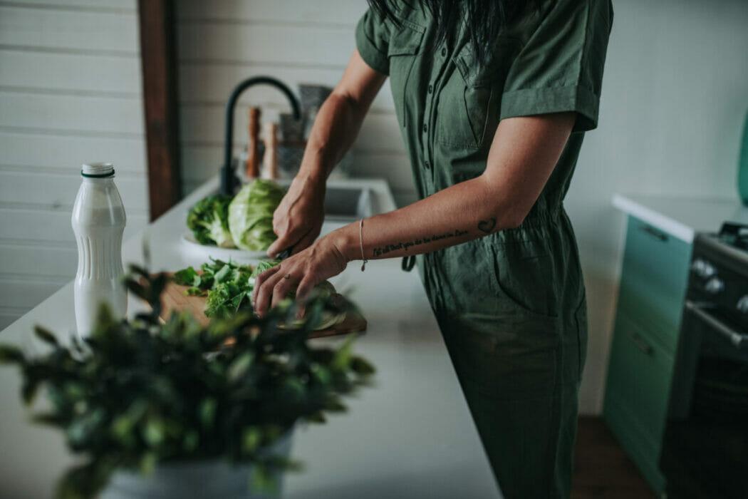 cooking green healthy lifestyle greenhouse healthy vegetarian healthy food vegan cooking at home t20 JoYg94