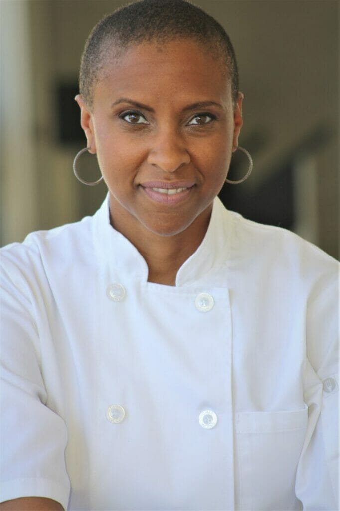 Headshot Chef Simone Art Delectables