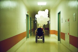 wheelchair people travel t20 vKNv86